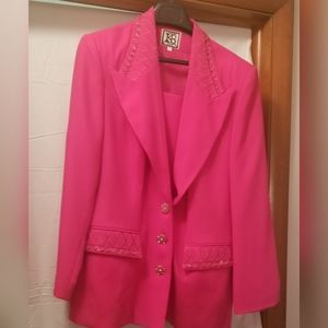 2pc suit, jacket and skirt